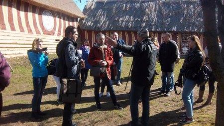 В заповеднике «Трипольская культура» воссоздано жилье трипольцев (Фото С.Лагутина)
